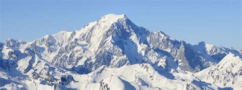 le mont blanc perd 1 29 m 232 tre d altitude