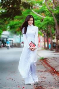 Hướng dẫn cách tạo dáng chụp ảnh cùng với áo dài đẹp