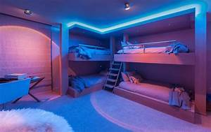 Lit Du Futur : d co chambre futuriste ~ Melissatoandfro.com Idées de Décoration