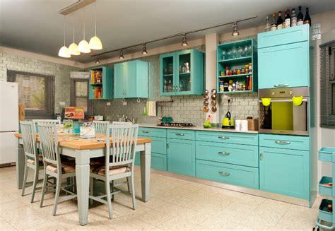 lights the kitchen cabinets house in kfar tavor 9030
