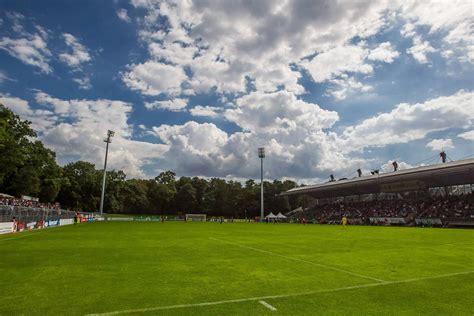In einer serie stellen wir die konkurrenten des vfl osnabrück vor. Viktoria Köln: Anfahrt, Geschichte & mehr zum Sportpark ...