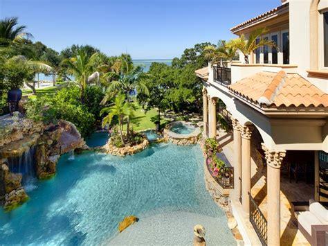 a mediterranean modern mansion designed in moorish style