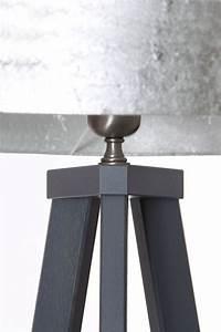 3 Bein Lampe : stehlampe 3 bein eiche schiefergrau leuchtenmanufaktur brodauf ~ Whattoseeinmadrid.com Haus und Dekorationen