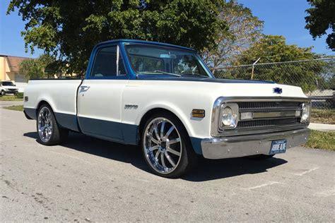1970 Chevrolet C10 Custom Pickup 184139