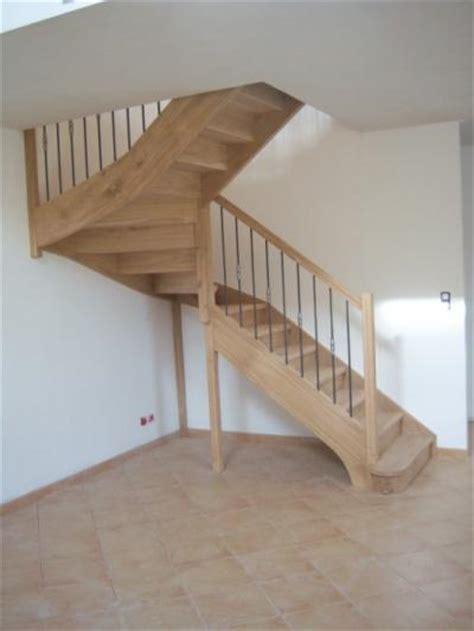 escalier artisanal demi tournant chene al 232 s gard les