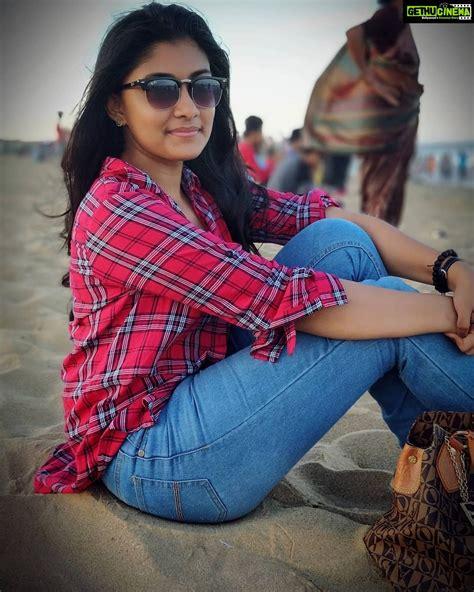 ratsasan actress ammu abhirami latest hd gallery child