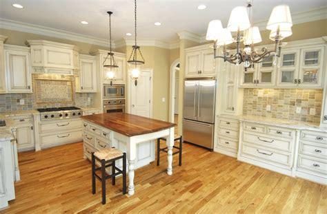 large country kitchens cuisine blanche 36 id 233 es de luxe pour une cuisine design 3650