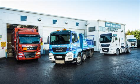 man truck bus uk building  future  continual