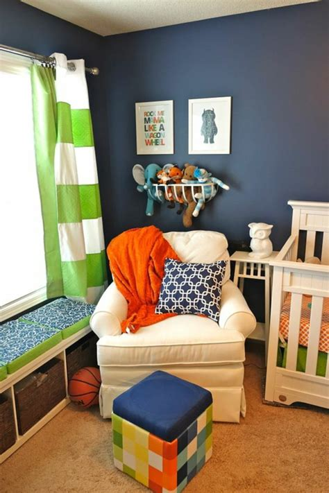 chambre bébé vert et blanc 1001 idées pour une chambre bébé en bleu canard des