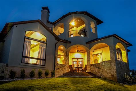 texas style luxury home   bedrooms  sq ft