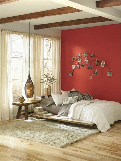 room  begging   accent wall give   couple