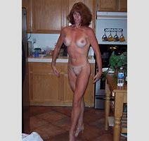 Reluctant Wife Posing Nude Homemade