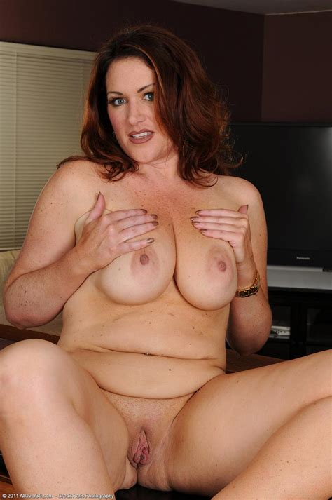 All Natural Busty Milf Strips Naked At Home Pichunter