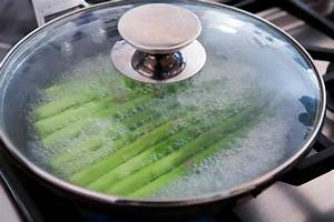 The Best Way to Boil Asparagus | SimplyRecipes.com  Boiling