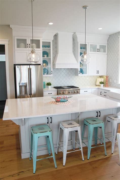 colors for my kitchen our favorite coastal kitchens the distinctive cottage 5581
