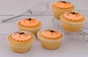 Gruselige Halloween Deko Selber Machen : halloween deko selber machen tischdeko basteln ~ Yasmunasinghe.com Haus und Dekorationen