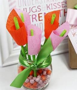 Kleine Geschenke Verpacken : calla blumen aus papier selber basteln creative ideas pinterest blumen aus papier calla ~ Orissabook.com Haus und Dekorationen