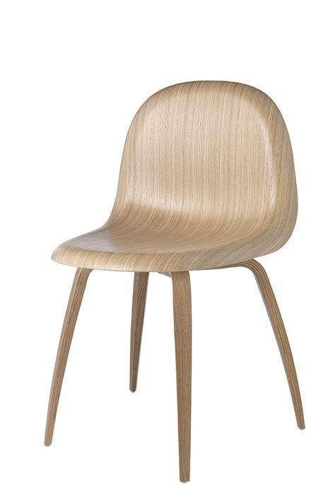 chaise en chene gubi chaise en chêne