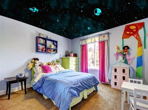 plafond étoilé chambre 4 ans de gagnez un kit l 39 atelier des etoiles