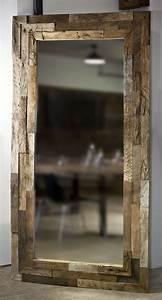 Badspiegel Mit Rahmen : die besten 25 spiegel holzrahmen ideen auf pinterest spiegel mit holzrahmen spiegel rahmen ~ Frokenaadalensverden.com Haus und Dekorationen