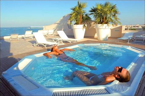 grottammare hotel residence camping village bed