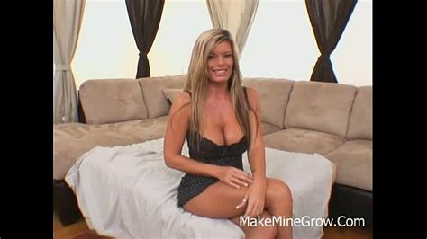 Kristal Summers Great Titties Milf Enjoys An Outdoor Sex