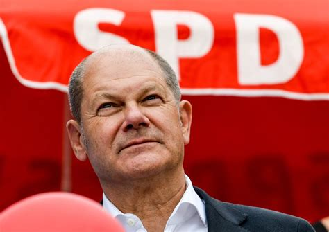 There is no doubting his experience — and he is known for his ability to handle a crisis. Der Spiegel: Saksan valtiovarainministeri Olaf Scholz pyrkii sosiaalidemokraattien johtoon | Yle ...
