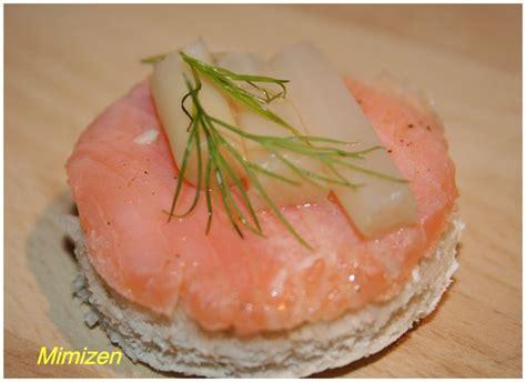 canap駸 au saumon canapés au saumon et aux asperges mimi