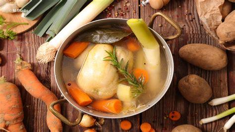 la poule au pot recette recette poule au pot farcie henri 4 gastronomie tourisme sud ouest