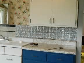 Peel And Stick Kitchen Backsplash Ideas Diy Peel And Stick Backsplash Easy Home Decorating Ideas