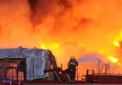 长沙旺旺食品厂区发生大火 火势仍未得到控制-搜狐财经