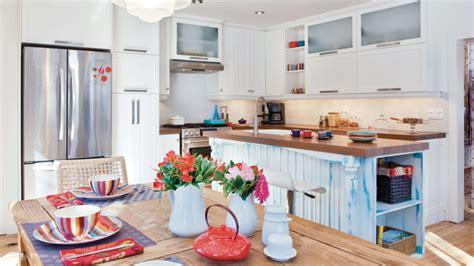 cuisine blanche et bleu cuisine blanc et bleu les idées de ma maison