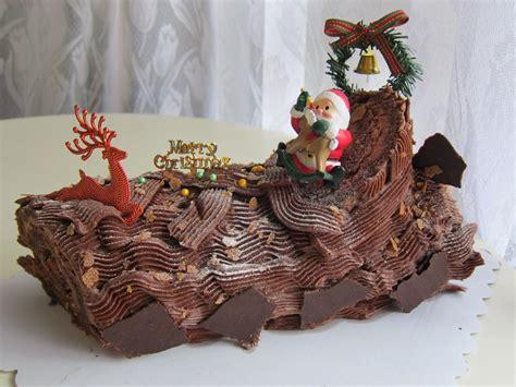 buche de noel decorations www imgkid the image kid has it