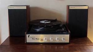 Fidelity Music Master  Vintage Record Player
