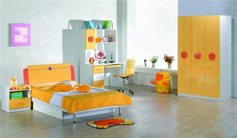 Modern Wardrobe Designs For Childrens Room With Yellow And
