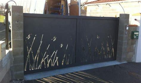 Portail Garni Tole, Tôle Aluminium 8 Mm Par Atelier Cia