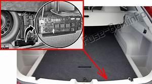 Fuse Box Diagram Dodge Magnum  2005