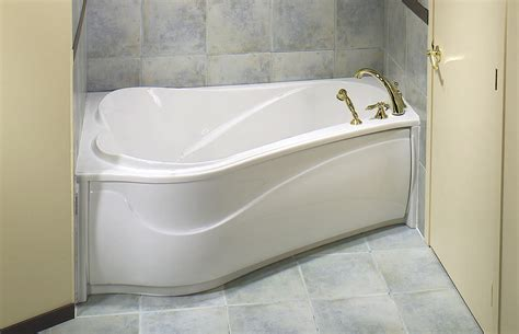 How To Fit A Bathtub In A Small Bathroom by Bathroom Choose Your Best Standard Bathtub Size And Type