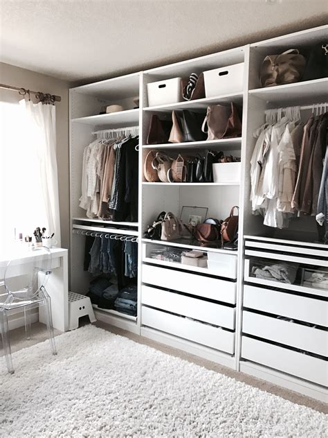 Walk In Closet Decoration by Small Walk In Closet Ideas Makeovers Small