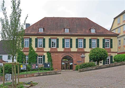 """Das Gelbe Haus  Seniorenwohnen """"65 Plus"""" In Bad König"""