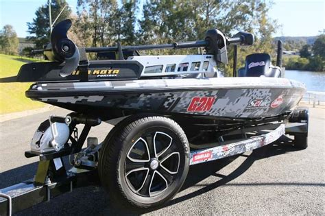 Phoenix Bass Boat Trailer For Sale phoenix 721 proxp bass boat image gallery trade boats