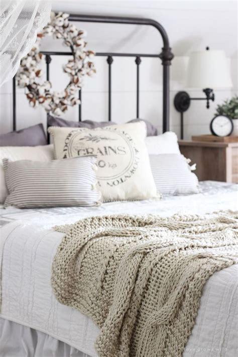 best 25 rustic bedroom best 25 rustic romantic bedroom ideas on pinterest country nurani
