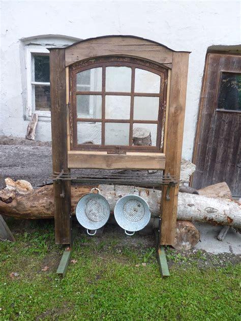 Sichtschutz Fenster Gartenhaus by Altes Fenster Wunderlichekunst Garten Alte Fenster