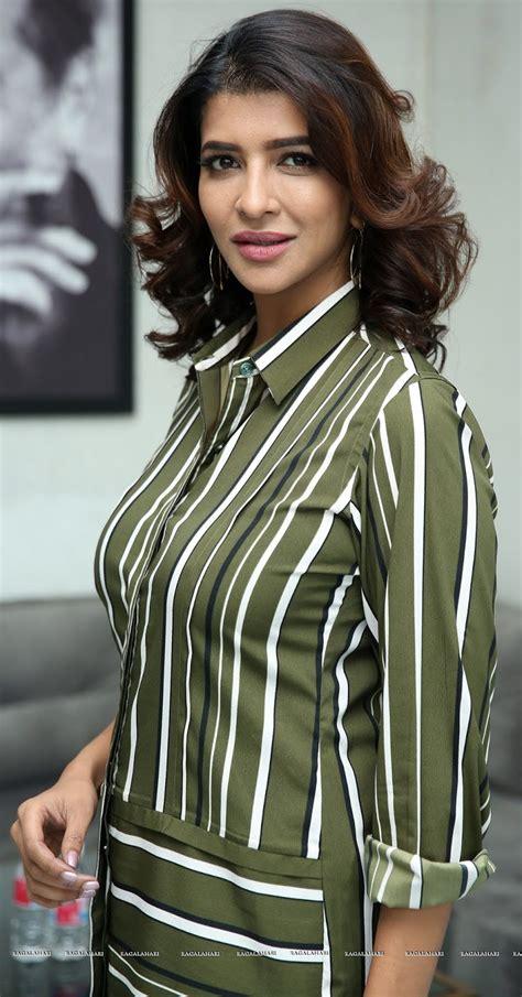 Lakshmi Manchu Juicy Boobs Hot Big Melon In Sexy Shirt Hd