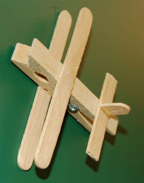 les 25 meilleures id 233 es concernant jouets en bois sur animaux en bois et jouets pour