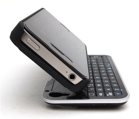 iphone keyboard cellmacs iphone 4 4s sliding bluetooth keyboard and