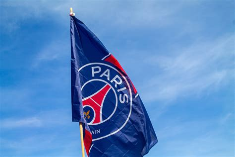 Mbappé, neymar and all the other stars can't wait to meet you again at the heart of the volcano for a new parisian season. 13 facts about Qatar-owned Paris Saint-Germain Football Club