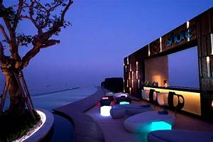Hilton Hotels Bows Floating Hotel In Thailand