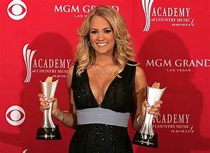 Carrie Underwood Won't Display Awards in Home; Would You?