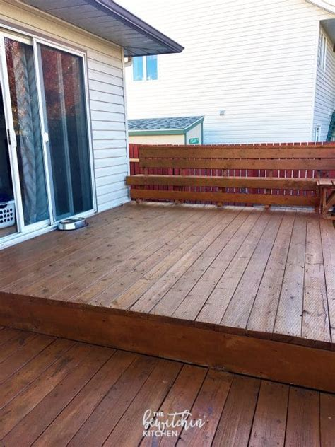 stain  deck   easy steps  bewitchin kitchen
